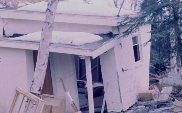 Normes parasismiques et risques d'évènements naturels dans la construction de maisons et bâtiments